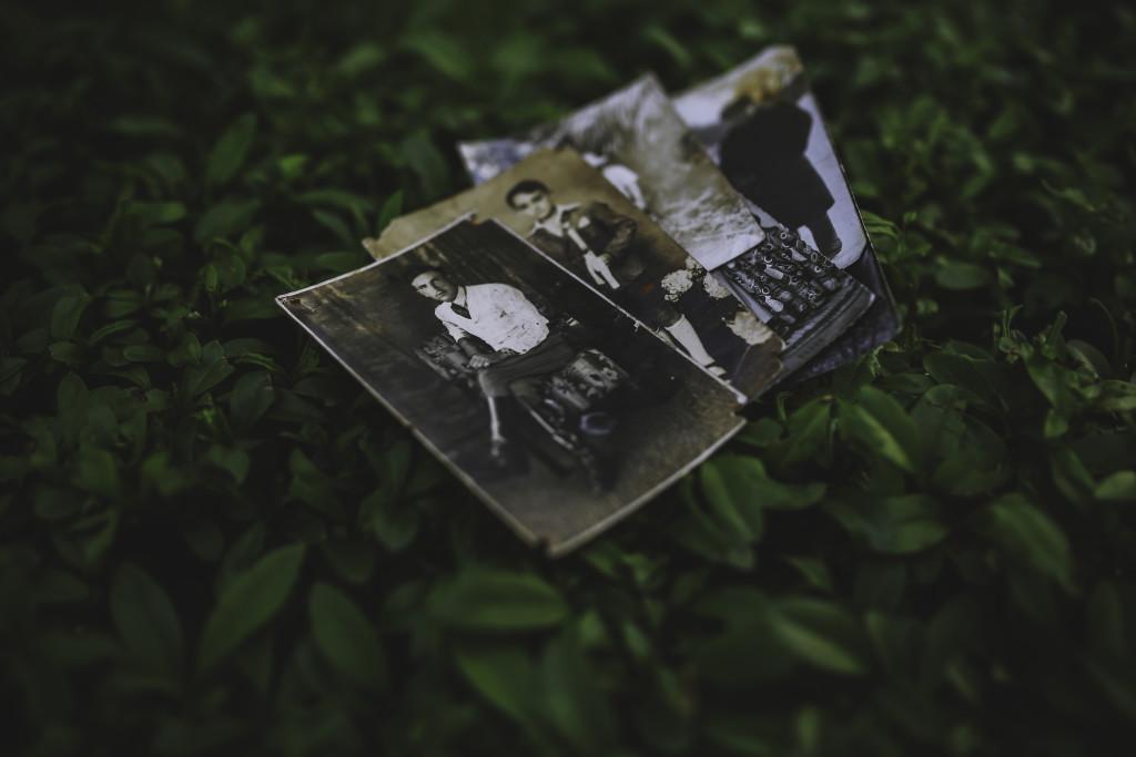 kaboompics.com_Old photos