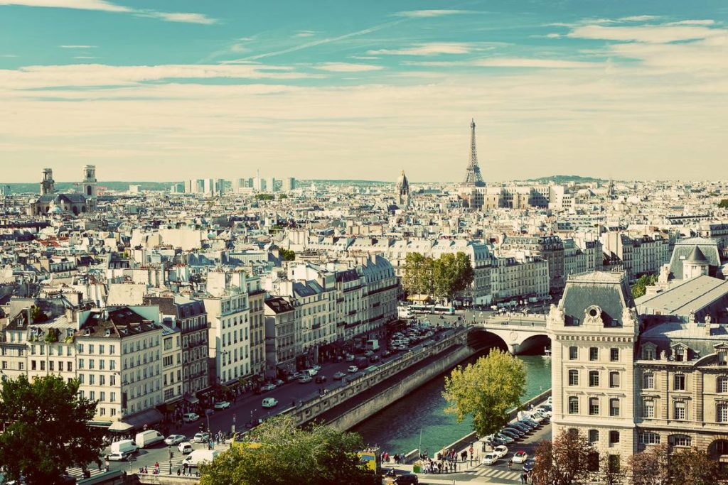 2015-Summer-Guide-Paris-skyline
