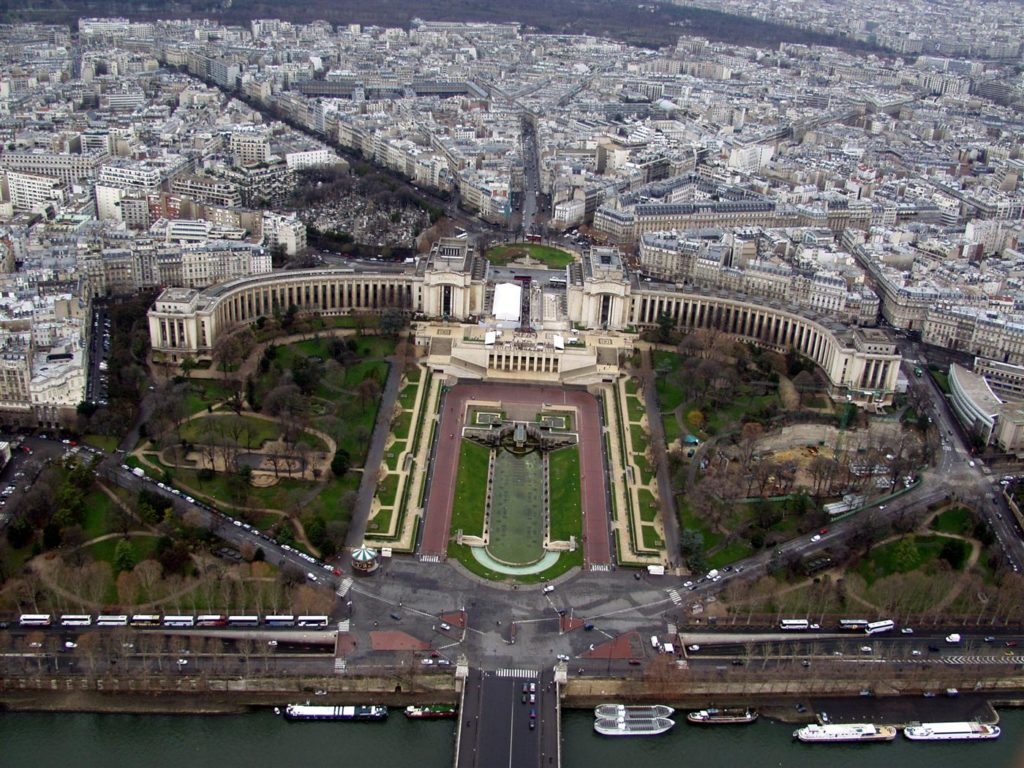 view-across-the-seine-from-the-eiffel-tower