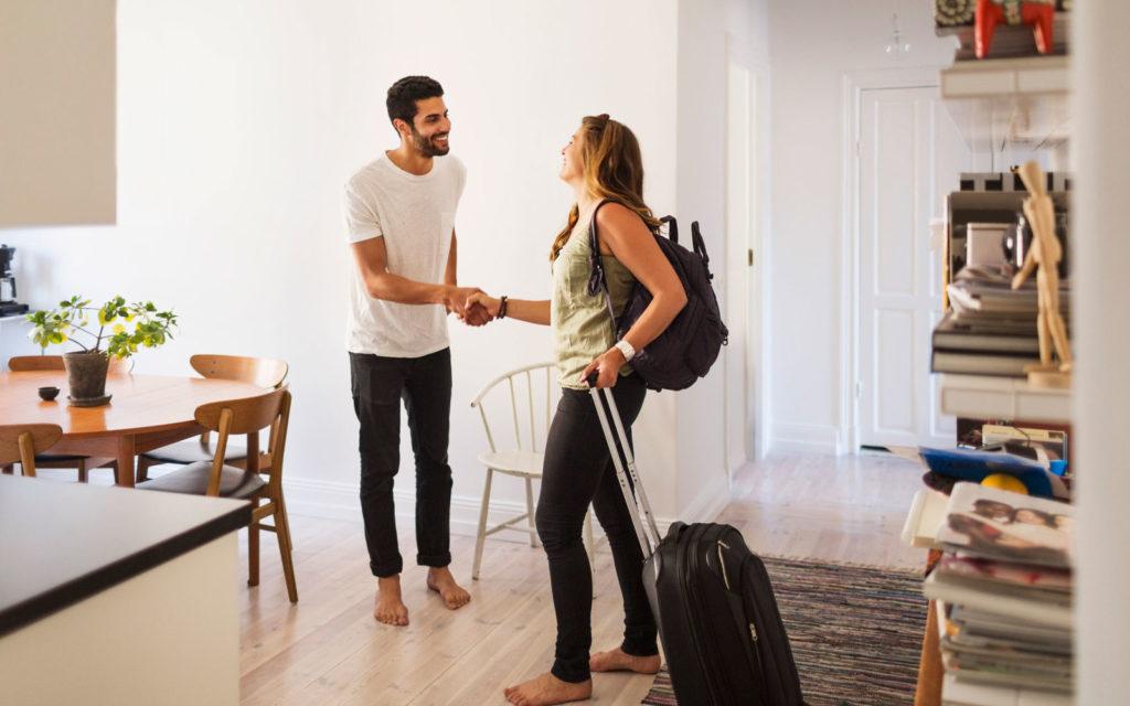 Airbnb-Etiquette-TIPS0316