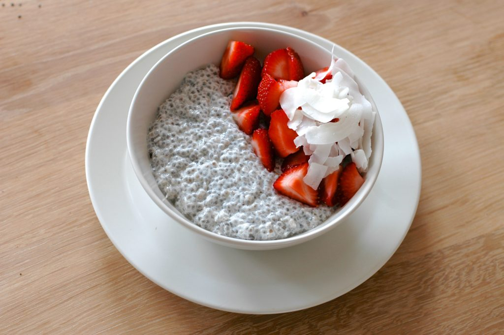 coconut-chia-pudding-with-strawberries